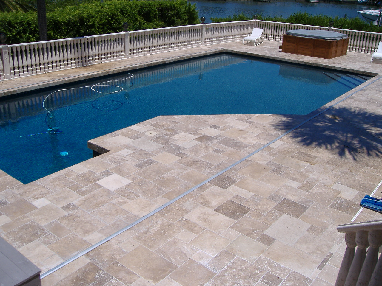 Classic Pool Tile Atlanta Georgia Travertine Coping And Decking